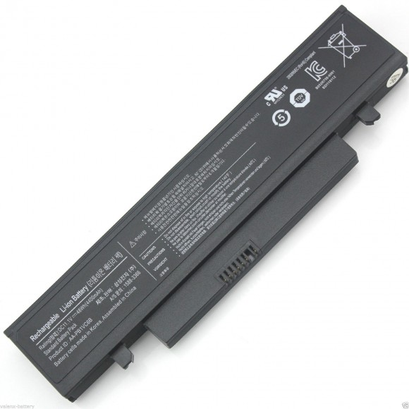 Thay pin laptop samsung - 2