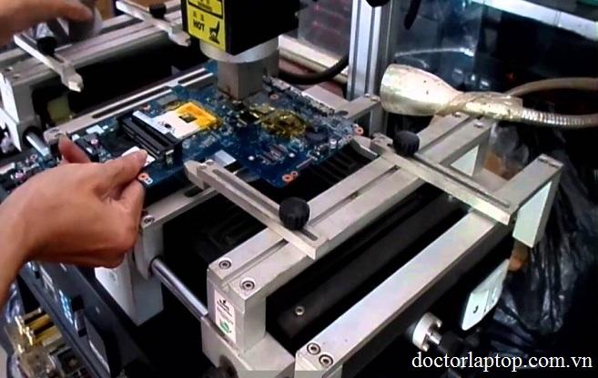 Thay card màn hình laptop giá bao nhiêu tiền ở tphcm - 1
