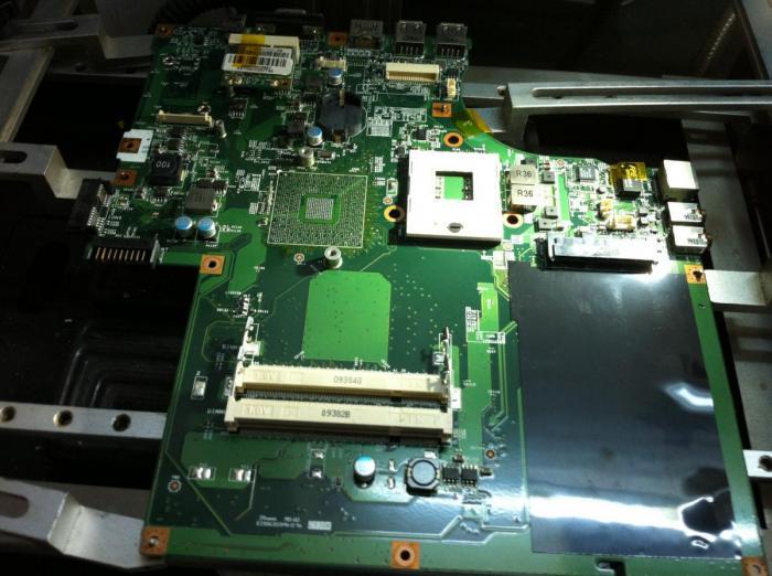Thay chip vga laptop lenovo - 2
