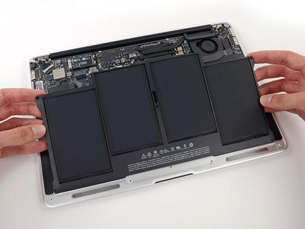 Hướng dẫn cách thay pin cho macbook air 13 inch - 5