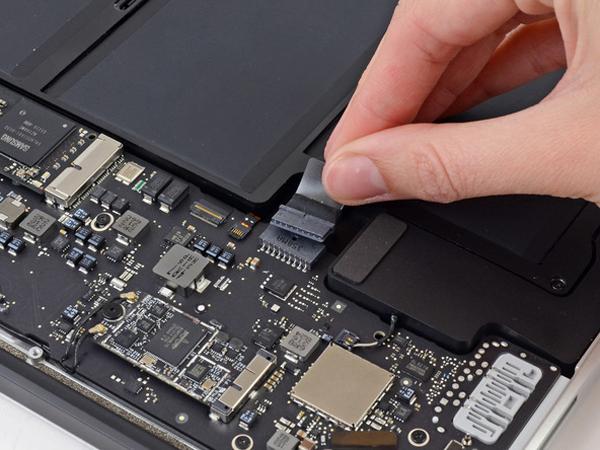 Hướng dẫn cách thay pin cho macbook air 13 inch - 3