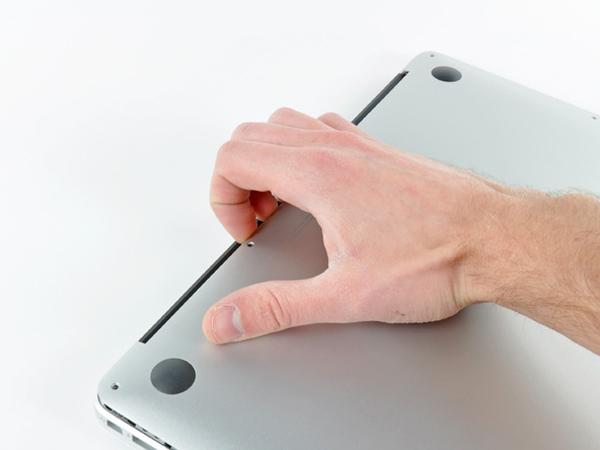 Hướng dẫn cách thay pin cho macbook air 13 inch - 2