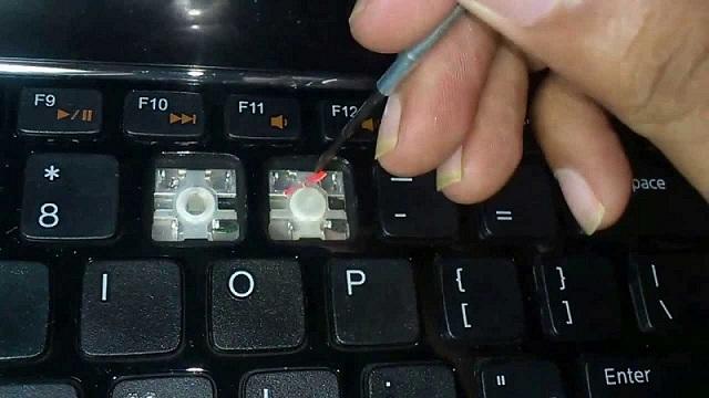 Laptop bị liệt phím nên sửa bàn phím hay thay thế mới - 1