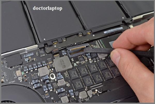 Sửa nguồn macbook - 2