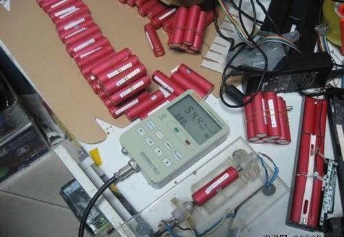 Chỗ nào thay cell pin laptop gateway uy tín ở sài gòn - 2