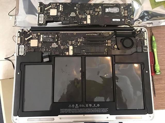 Thay mainboard macbook - 2