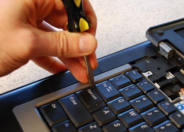 Cách sửa bàn phím laptop bị liệt