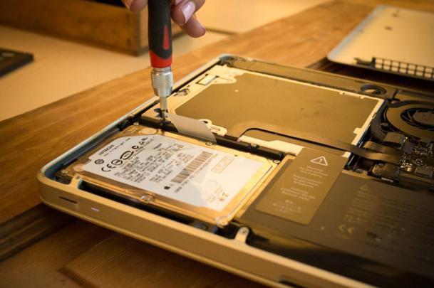 Cách tăng tốc Macbook Pro, Air cũ đơn giản hiệu quả nhất