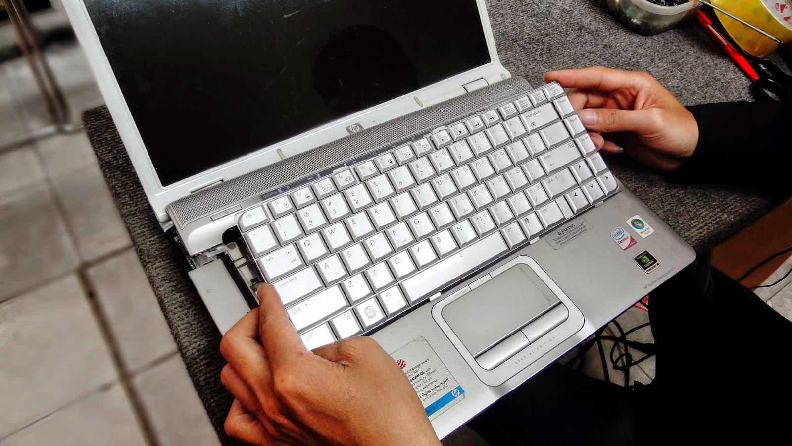 Thay bàn phím laptop HP - Compag